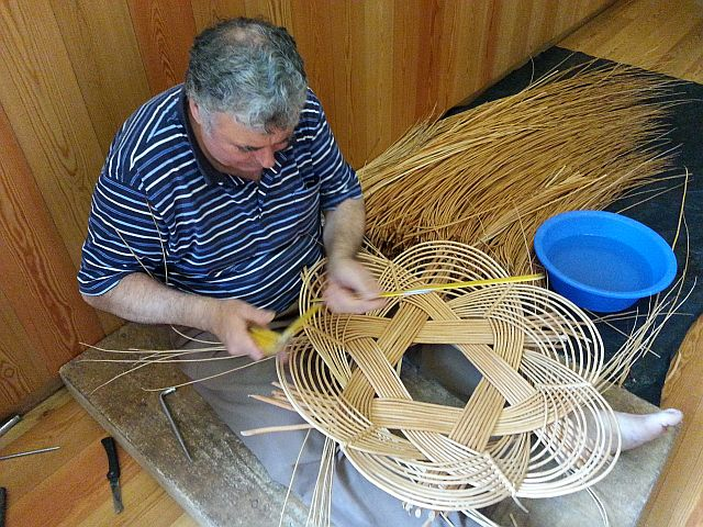azores basketmaking Snr Juan Andrade